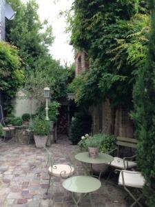 Courtyard Honfleur